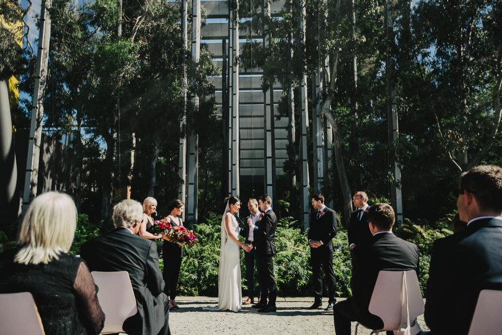 Melbourne Museum Wedding Photographer-30.jpg