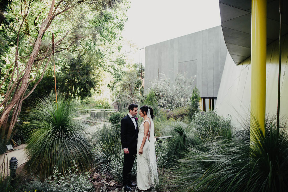 Melbourne Museum Wedding Photographer-77.jpg