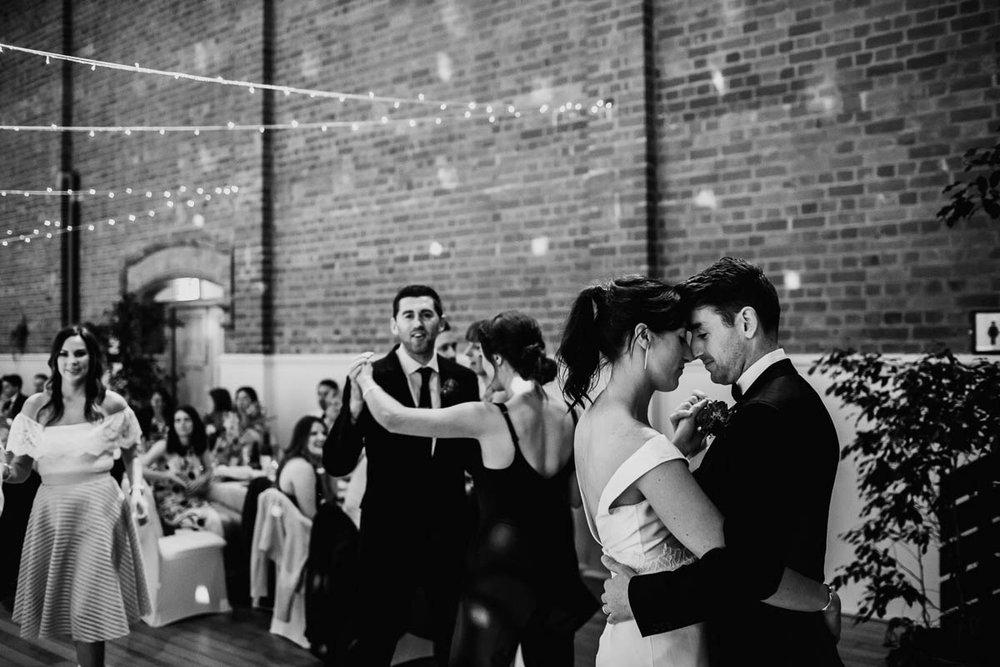 Melbourne Museum Wedding Photographer-146.jpg