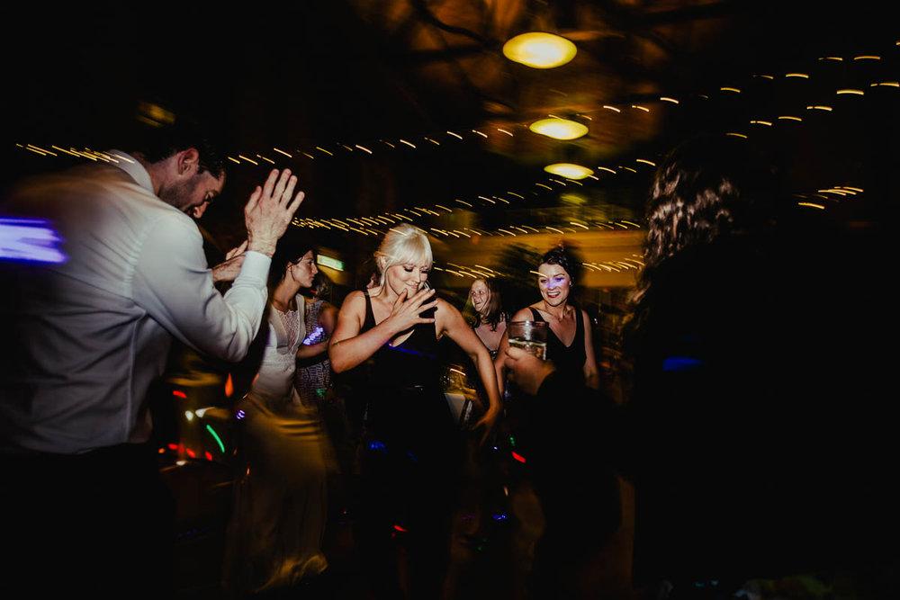 Melbourne Museum Wedding Photographer-157.jpg