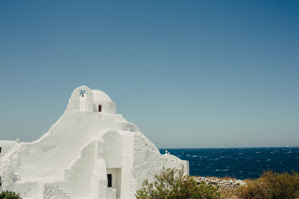 Mykonos_destination_wedding_photographer-2.jpg