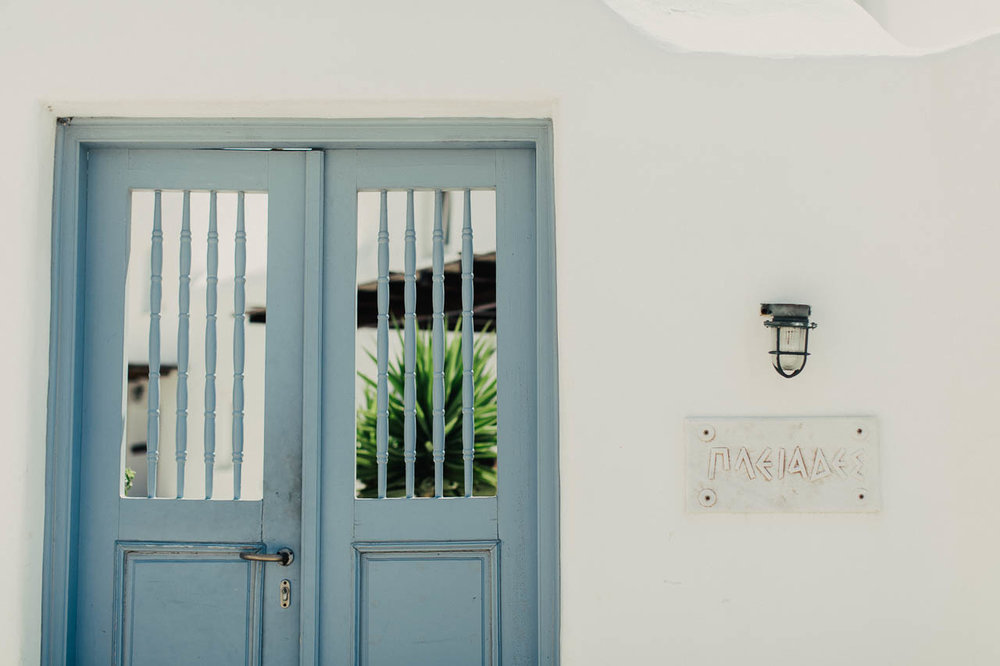 Mykonos_destination_wedding_photographer-9.jpg