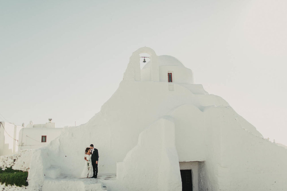 Mykonos_destination_wedding_photographer-109.jpg