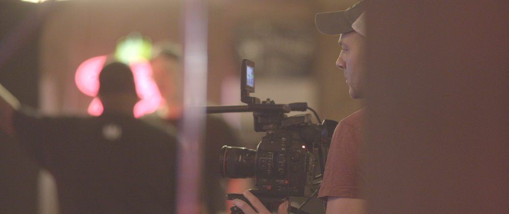 Jeff filming behind the scenes for musician Steve Azar in Indianola, Mississippi.