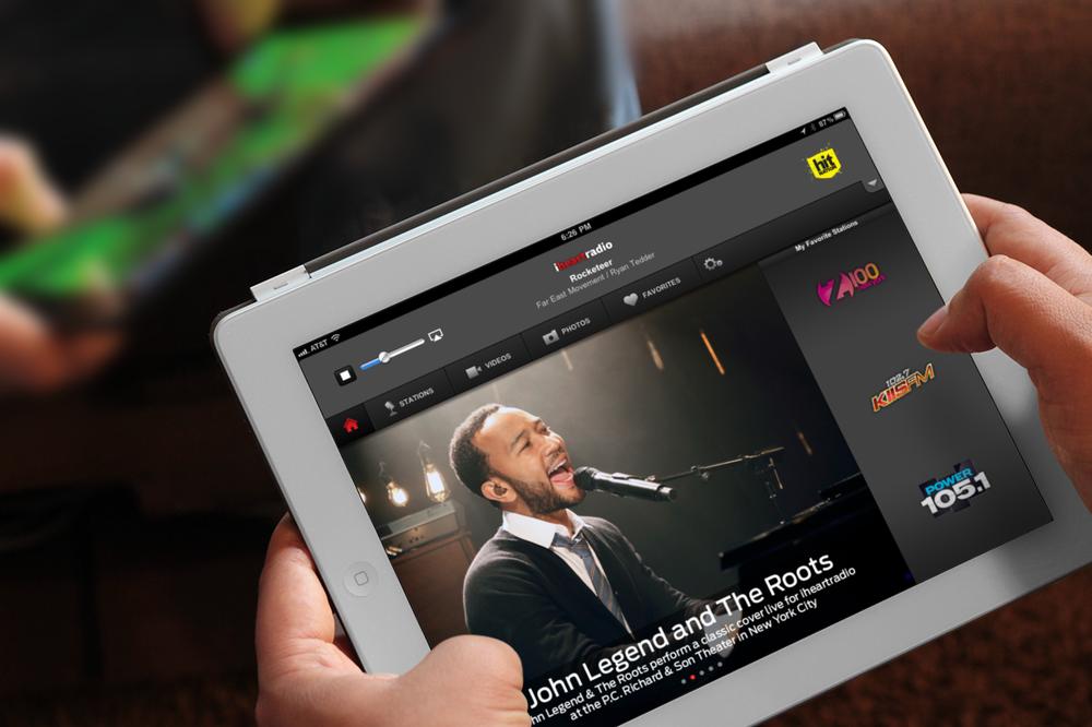 breezi_placeit_IHR iPad.png