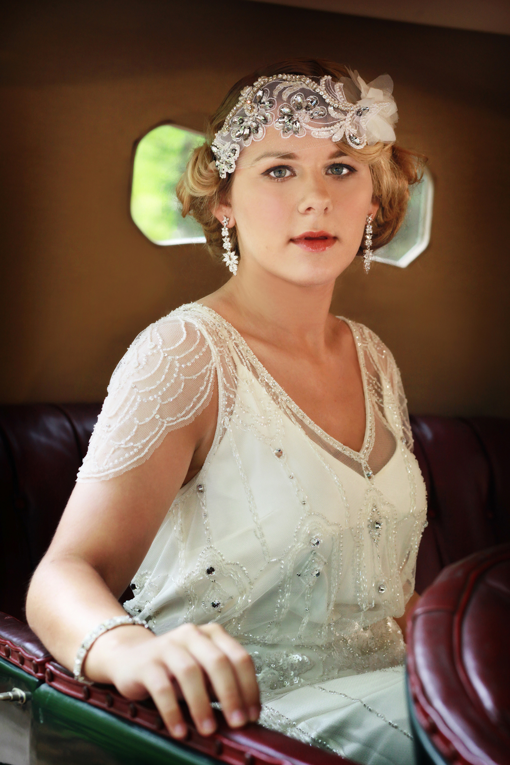 Great Gatsby Bridal Shoot with Vintage Car