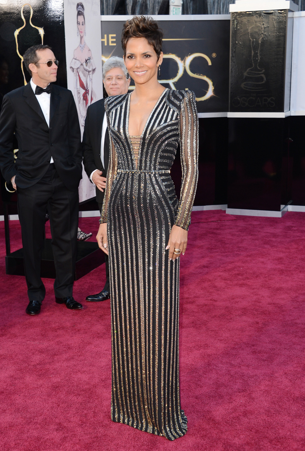 Halle is a showstopper in this glittery Versace gown, glamorous!