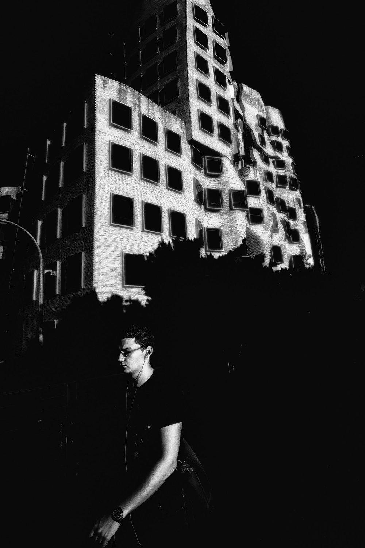 Sydney in Black #4.jpg