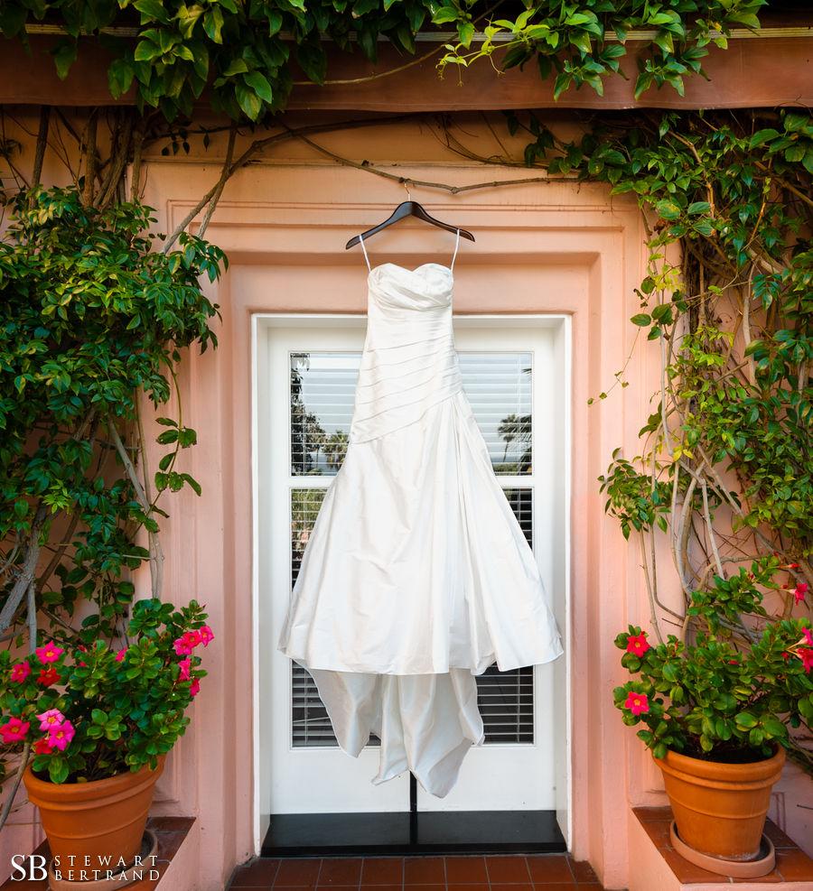 0046-La-Valencia-Wedding-Stewart-Bertrand-Photography-fe13.jpg