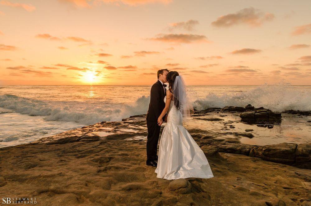 0052-La-Valencia-Wedding-Stewart-Bertrand-Photography-fe13.jpg
