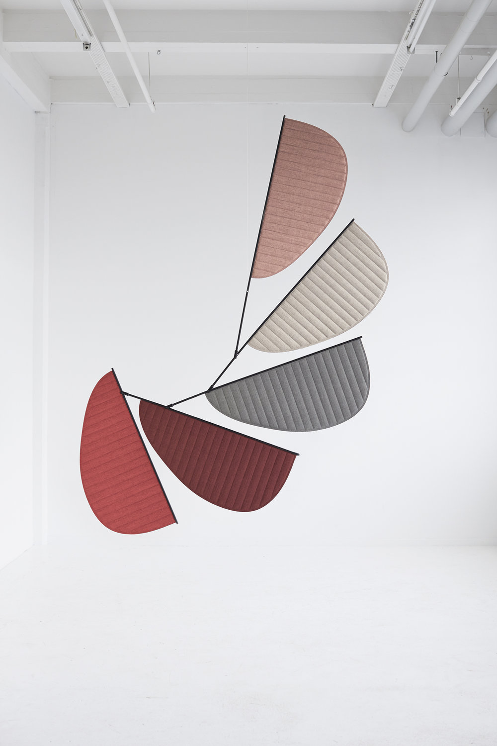 Balance screen by CAPPELLINI GamFratesi.jpg