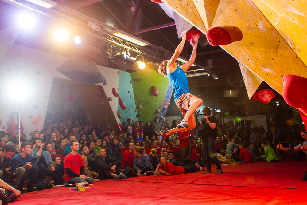 <strong>The Climbing Works</strong><p>Live Event Reporting »</p>