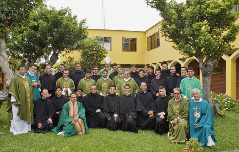 The 2016 class of Professed Augustinians in Peru