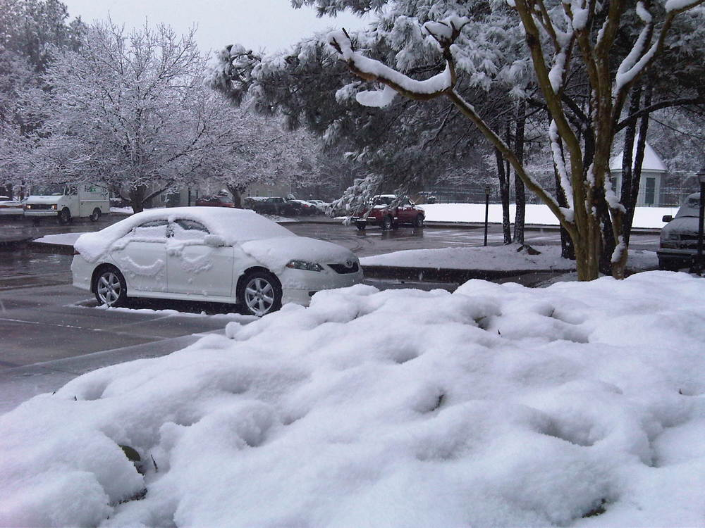 Some More Snow Pics From My Apartment Complex And Drive Home