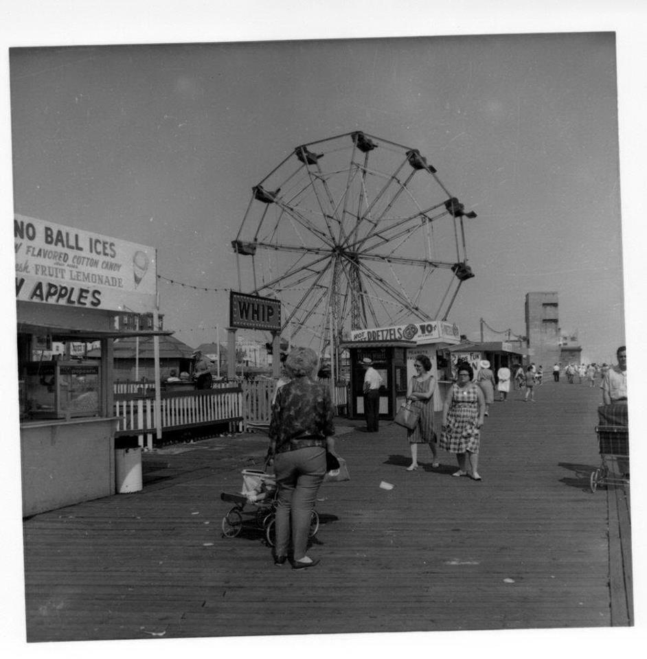 Boardwalk Gruberg's Ferris Wheel 2.jpg