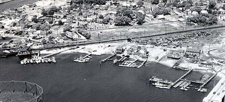 Island Park Aerial 1950.jpg