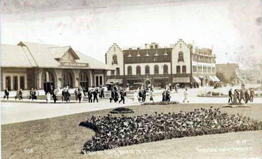 LIRR  1915 Station.jpg