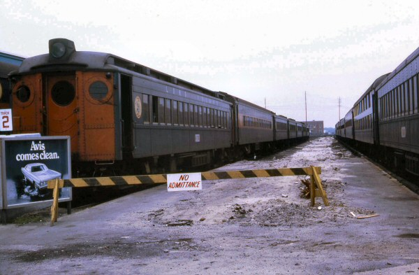 LIRR 1964 MU Train-Long Beach Keller.jpg