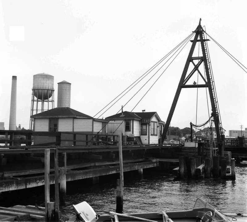 LIRR 1967 Cabin-LEAD-Swing Bridge-Reynold's Channel-Long Beach-View SE-(Keller-Keller).jpg