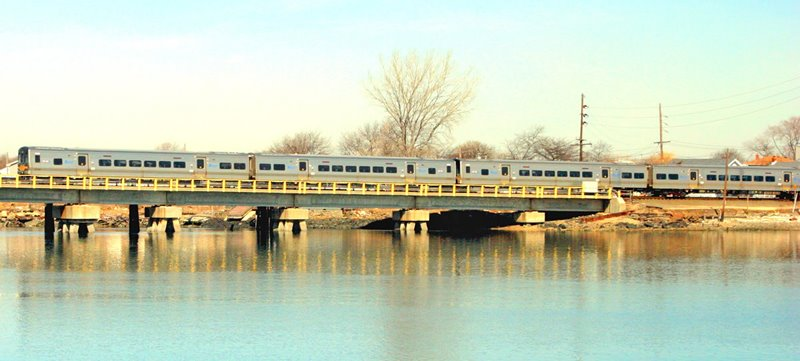 LIRR 2015 Wreck-Lead Bridge Northend view W Train Heading Eastbound Long Beach.jpg