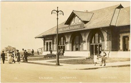 LIRR Station Park Street.jpg