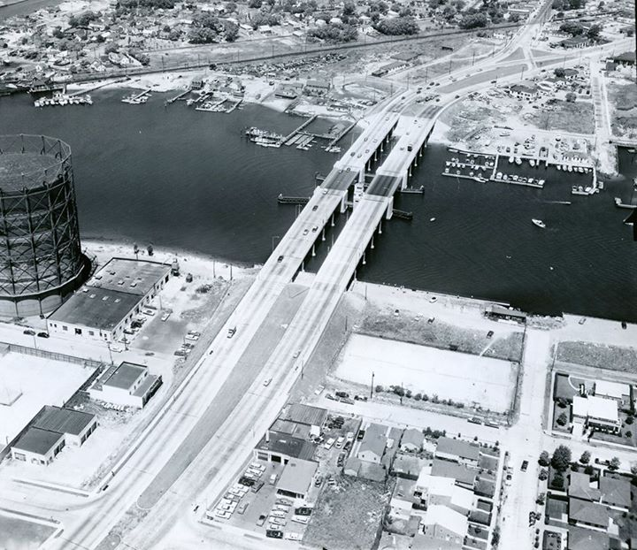Long Beach  Bridge Aerial 1956.jpg