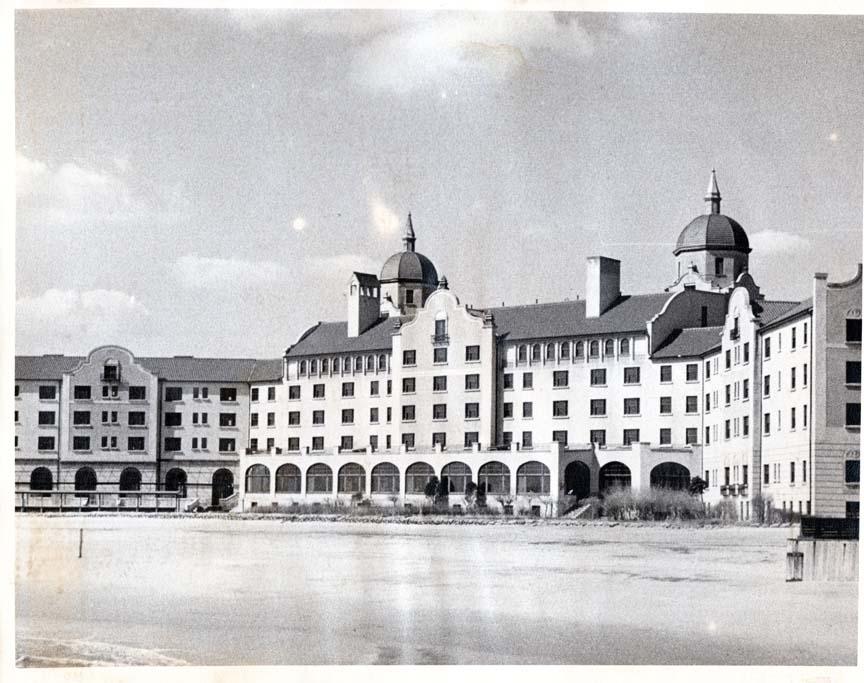 Hotel Lido.jpg