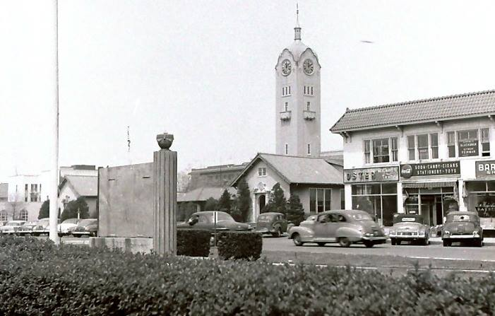 Long Beach City Hall  Old Clock Tower & War Memorial.jpg