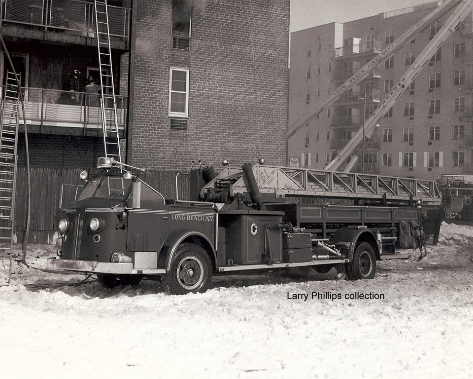 Fire 2361  American LaFrance model 7 100 AEO 100  Aerial Reg 9393 1955.jpg