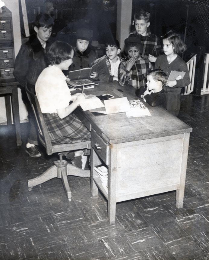 LONG BEACH PUBLIC LIBRARY 1945-1956 462 PARK PLACE 9.jpg