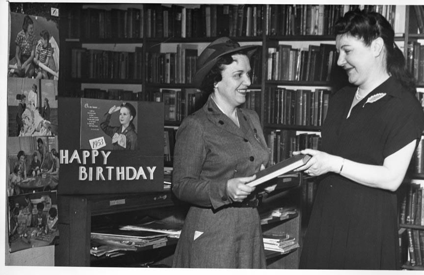 LONG BEACH PUBLIC LIBRARY 1953.jpg