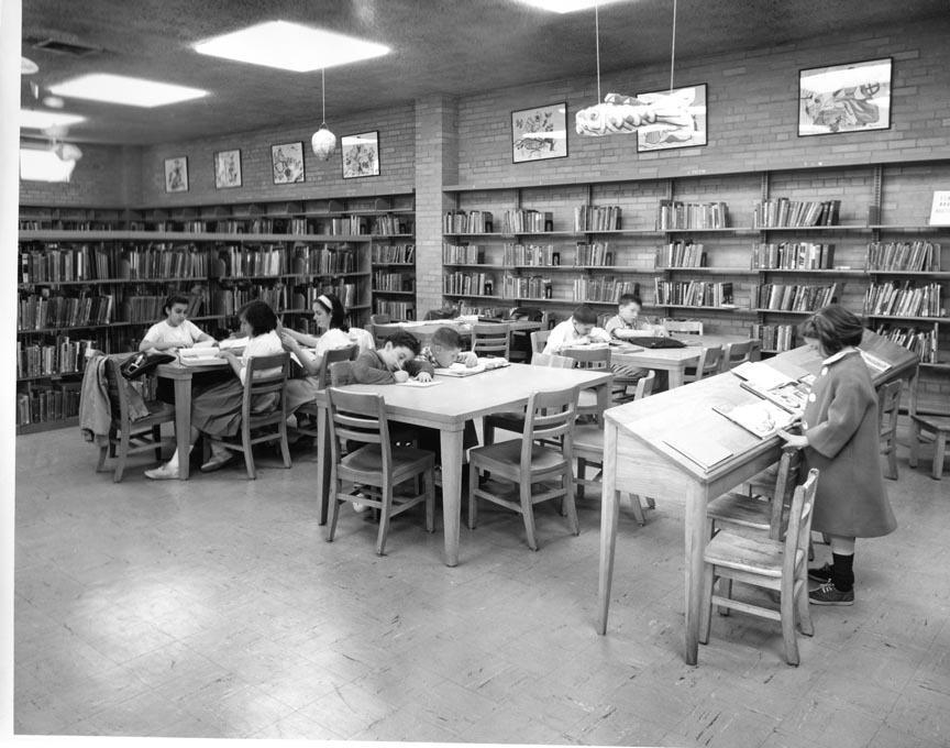 LONG BEACH PUBLIC LIBRARY 1956  INT  1.jpg