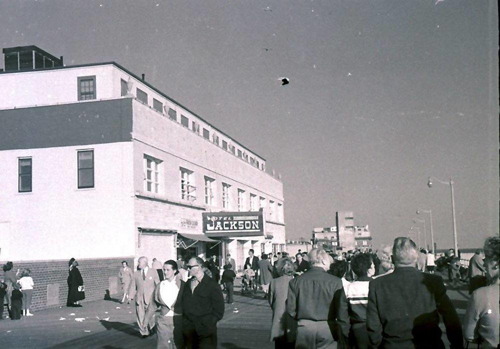 Hotel Jackson 1950 Dr. Tydings.jpg