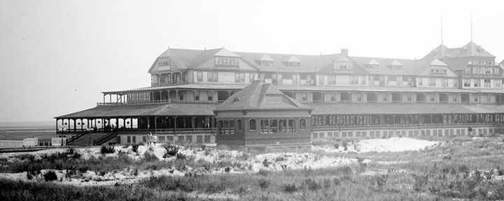 Hotel Long Beach 1904 Off Season.jpg