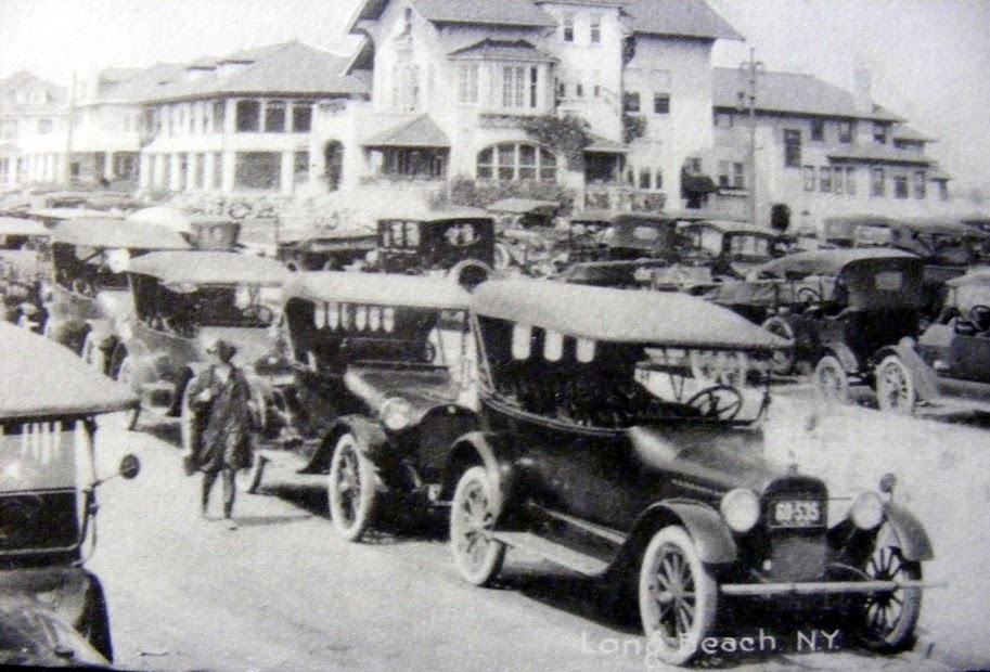 Hotel Long Beach 1912 Cottages.jpg