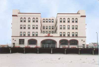 Hotel Ocean Crest Scharf Manor.jpg