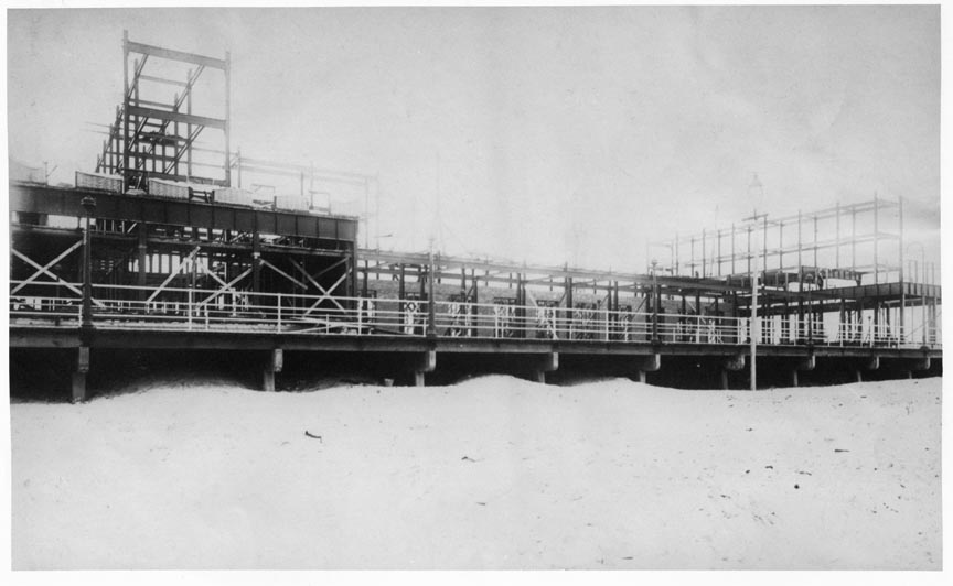 Hotel Nassau 1909 Construction (1).jpg