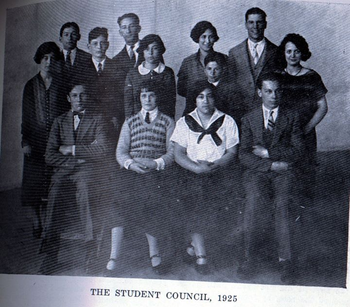 Long Beach Schools High School 1925.jpg