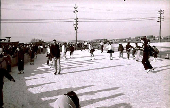 Long Beach Recreation Ice Rink Outdoor  Magnolia & Bay.jpg
