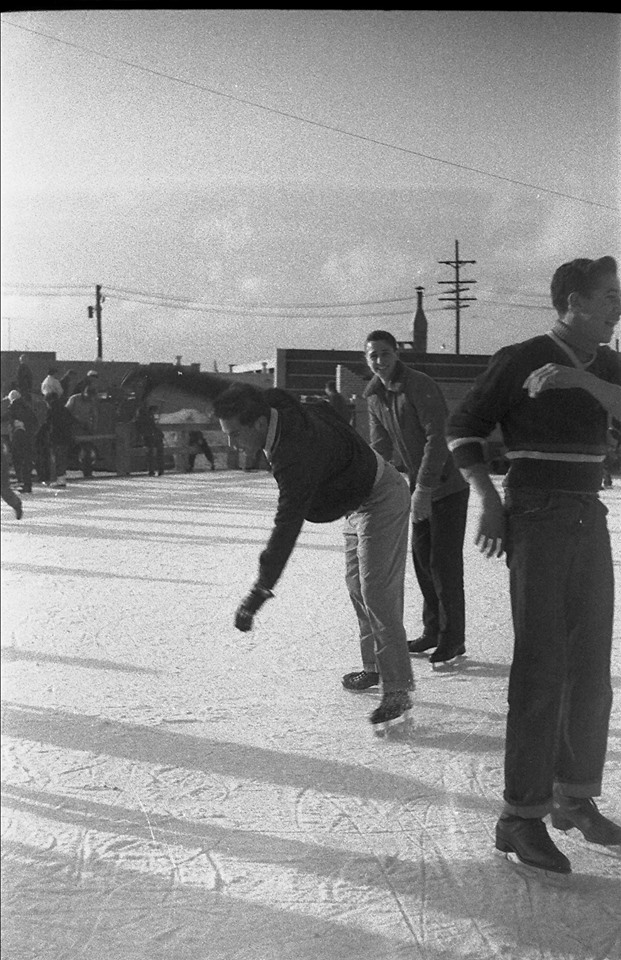 Long Beach Recreation Ice Rink Outdoor 1950.jpg