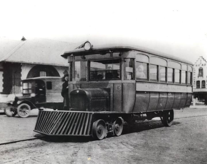 Long Beach Trolley 1927 Railway Company.jpg