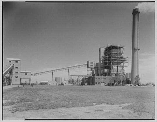 Oceanside  Lilco Plant in 1952.jpg