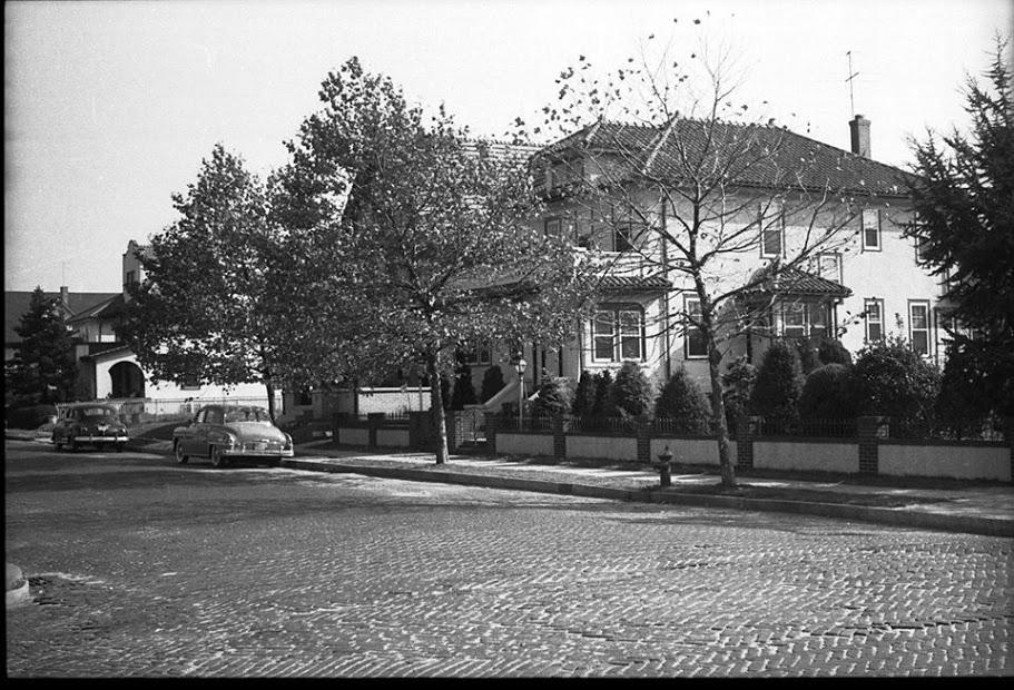 110 E Chester Street 1953.jpg
