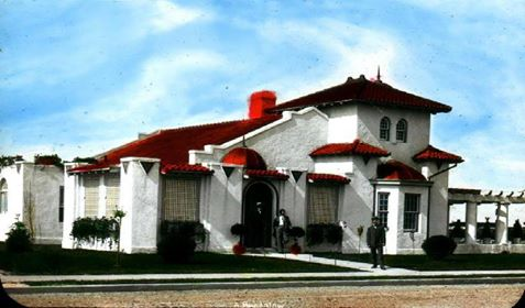 Reynolds Estates of Long Beach 2 Color Post Card.jpg