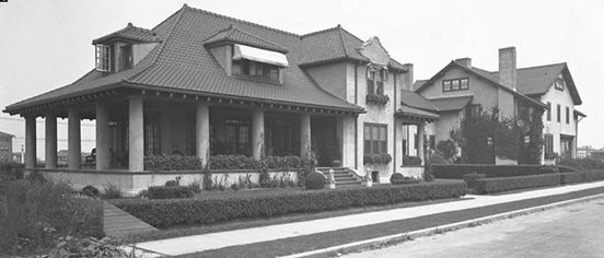 Reynolds Homes 140 East Penn St 1919.jpg