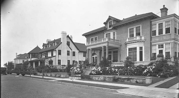 Reynolds Homes 200 Block West Penn St 3 August 1919.jpg