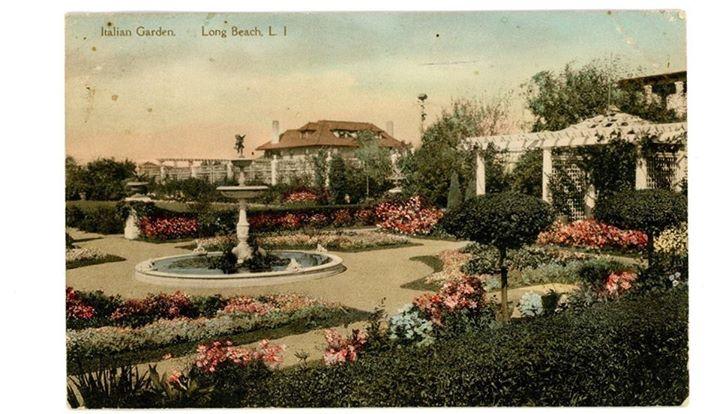 Reynolds Villa Modestina Italian Garden Post Card  1920.jpg