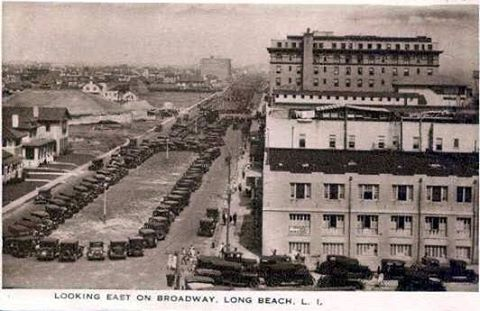 Broadway Looking East  Post Card.jpg