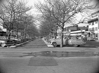Park Avenue Looking West Long Beach Road 1951 Bob Foster.jpg