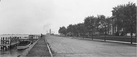 West Bay Drive Looking East   August 1919.jpg